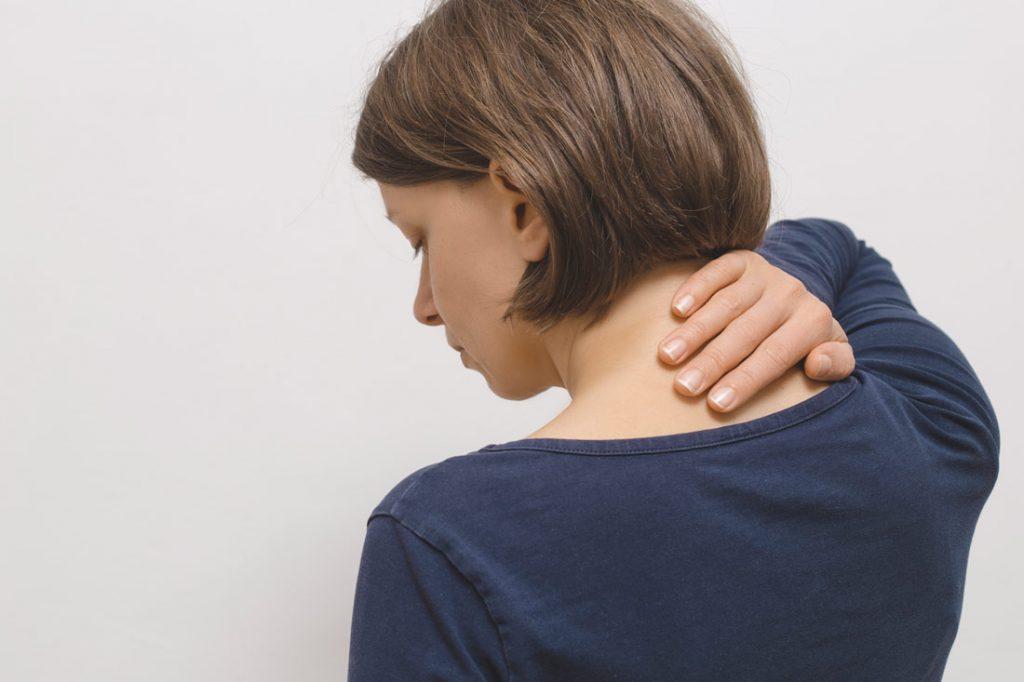 Latigazo cervical: cómo evitar y tratar esta dolencia